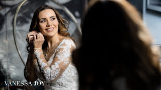 Photographing a Bride Getting Ready | How to Photograph a Wedding |