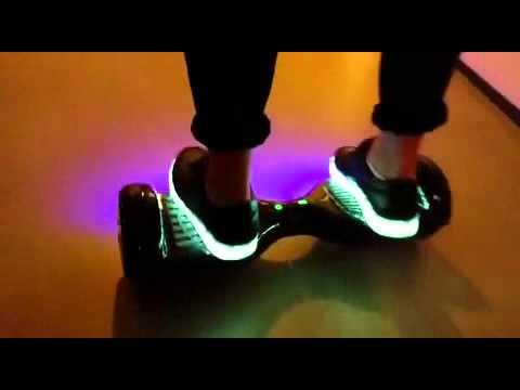 Hover board SkateBoard electrique motorisé 2 roues disponible sur www.realnswag.fr hoverboard