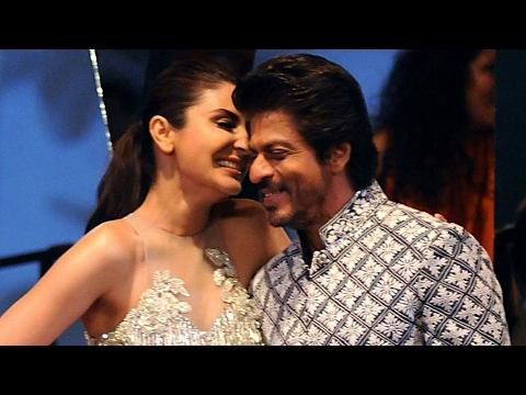 Shahrukh Khan and Anushka Sharma Walk the Ramp for Shabana Azmi | SpotboyE