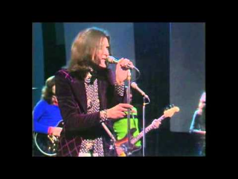 MUSIC OF THE SIXTIES    THE KINKS IN CONCERT