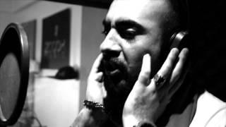 Onder Sahin Feat Giyotin ft  Charlee Bu son degil  Resimi
