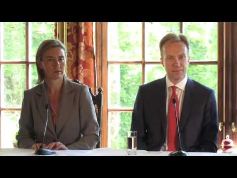 Oslo Forum - Joint press conference by Federica MOGHERINI, Børge BRENDE and Mohammad Javad ZARIF