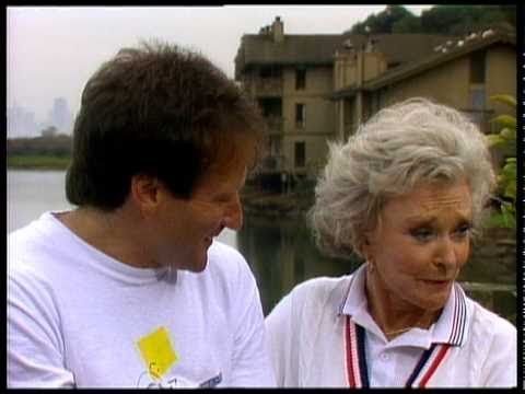 Watch This Touching 1984 Interview Between Robin Williams and His Mother Laurie
