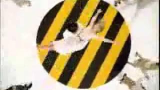 Реклама Beeline. Весело :)(Реклама Билайна) Остановите на 10-11 секунде)) Танцуют девушки без трусиков) Если понравилось-подписывайте..., 2011-06-03T09:42:04.000Z)