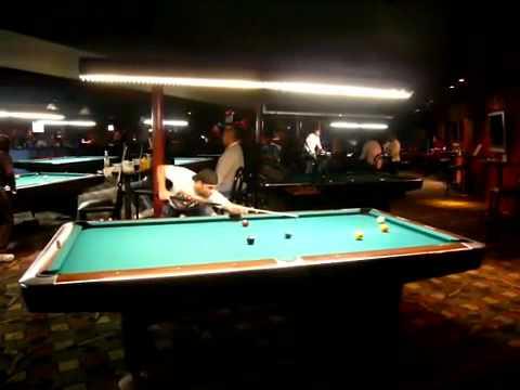 Joe Rogan playing pool