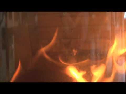 La post-combustion rendue visible par l'Atelier du Feu Biarritz