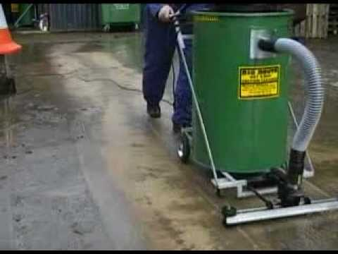Clean wet and dry waste from warehouse floors with the big for Industrial concrete floor cleaning machines