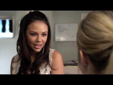 Vidéo Pretty Little Liars - Mona