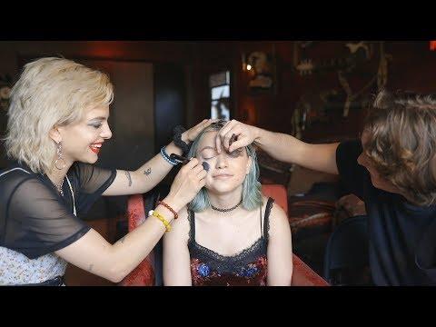 Hey Violet - Nia Vs. Casey Makeup Challenge