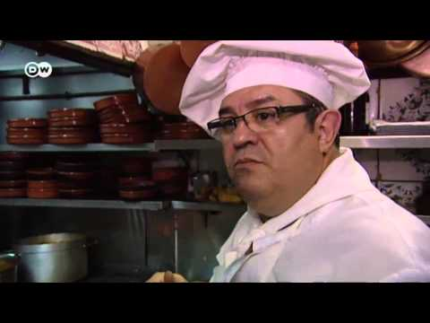 la-tradicional-sopa-de-ajo-madrileña-|-euromaxx