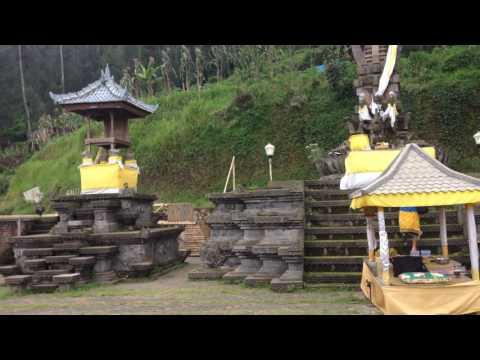 Duta Dharma-YBH di Pura Tunggul Adisari Desa Ngadiwono Pasuruan Jatim