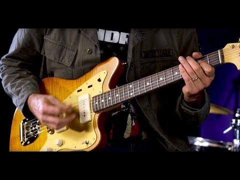 Fender Custom Limited Custom 1962 Deluxe Jazzmaster  •  SN: CZ519509