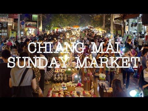 Chiang Mai Sunday Market: Culture, Live Music & Thai Handicrafts