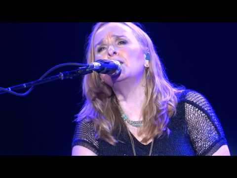 "Melissa Etheridge :"" Weakness In Me"" LIVE 2013 San Diego"