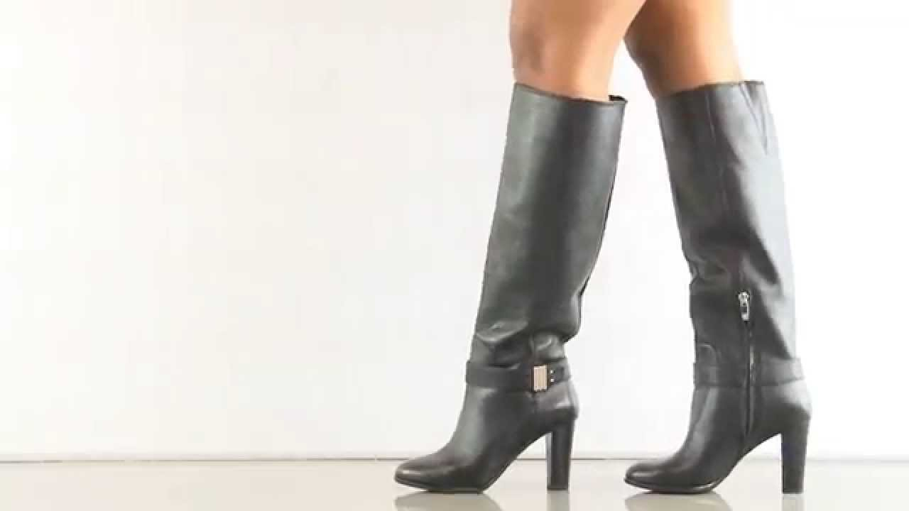 a3aab4ecf82 Sumilo in Black Leather Enzo Angiolini - YouTube