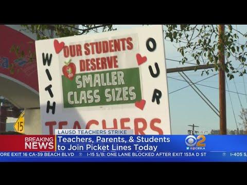 LAUSD Schools Remain Open As Teachers Go On Strike