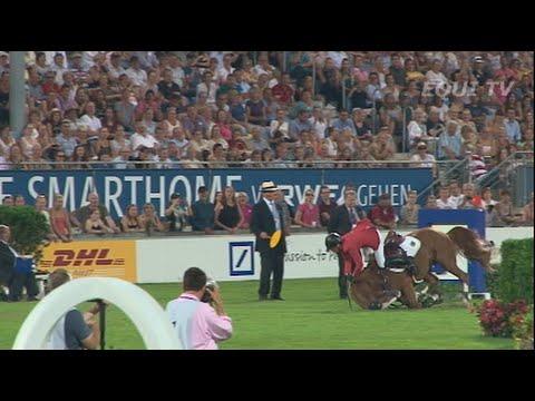 Katrin Eckermann Aachen 2014 nations cup fall