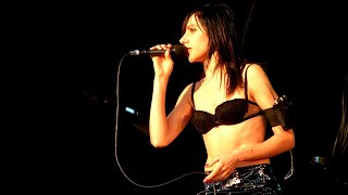 PJ Harvey Live - Stories from the City, Stories from the Sea