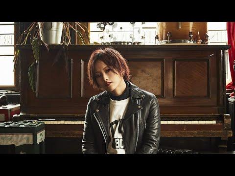 12/6に生配信された「TRUE BLUE」MV公開直前スペシャル! 12/25発売ニューアルバム「α」に関するお知らせが盛りだくさん。 ↓↓「TRUE BLUE」MV公開↓...