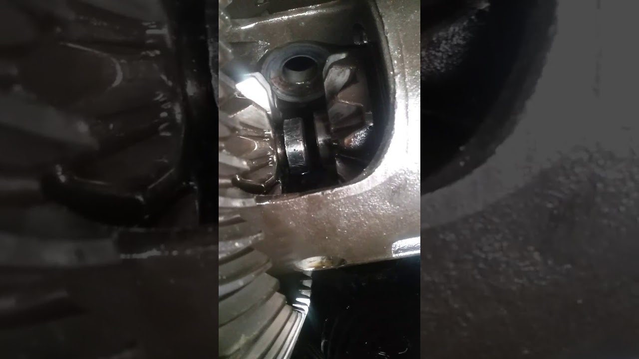 2010 dodge ram 1500 rear axle shaft removal problems/2010 dodge ram rear  wheel stud broken