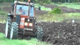 fiatatagri 110 90 e bivomere nardi in aratura 2012