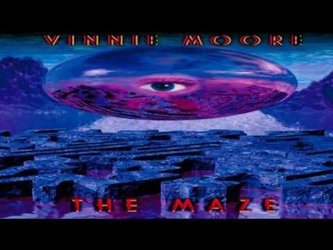 Vinnie Moore - The Maze