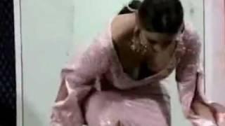 Repeat youtube video saima khan mujra