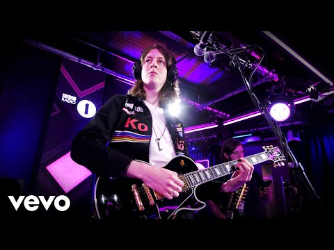 Blossoms - Bury A Friend (Billie Eilish cover) in the Live Lounge