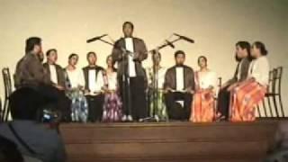 Pakitong-kitong - Philippine Madrigal Singers in Valencia City, Bukidnon.wmv