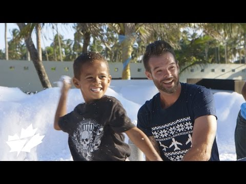 WestJet Christmas Miracle: Spirit of Giving