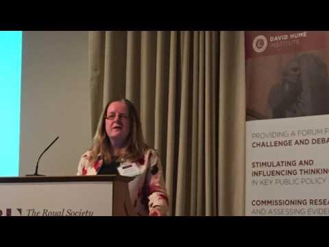 Emer Smyth: Gender and education: why do girls do better than boys?