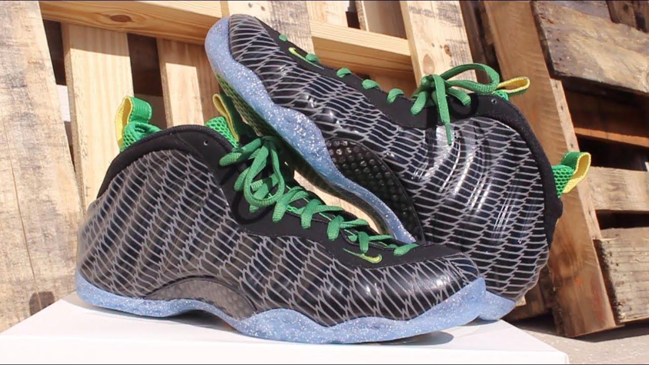 5e3b42995901e Nike Air Foamposite One Oregon Ducks Review - YouTube