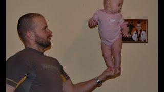 Динамическая гимнастика для грудничков 4 месяца(Динамическая гимнастика для малышей: упражнения для дальнейшего развития и улучшения физической формы..., 2016-01-31T15:51:06.000Z)