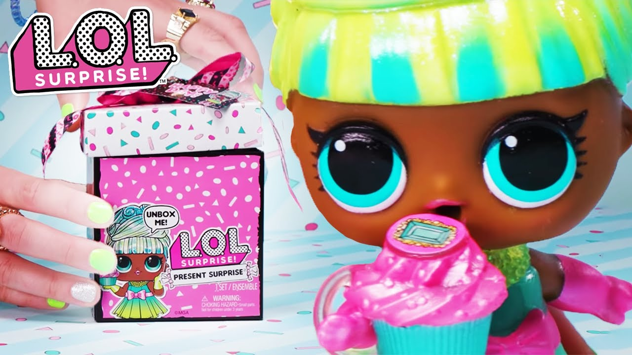 L.O.L. Surprise! Dolls | How To Unbox Present Surprise!