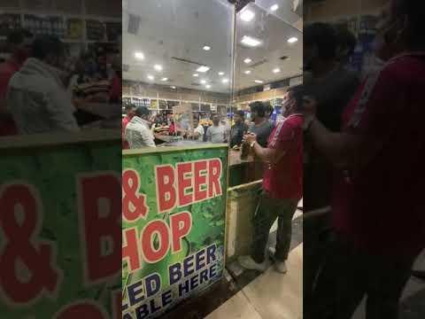 Fight in wine shop - Rohini city center mall