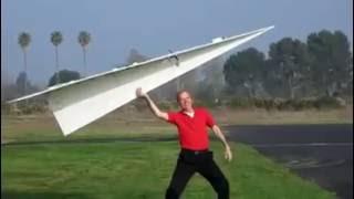 Pesawat Terbang ala kertas bisa terbang lama berjam jam