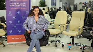 Обзор солидного кресла руководителя Boss люкс (хром) из черной искусственной кожи