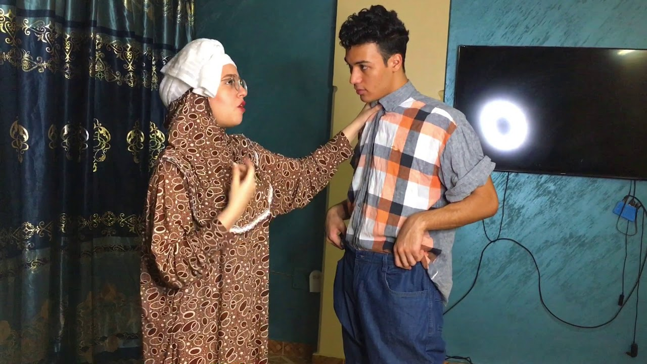 لما امك تجبلك هدوم العيد    احمد و ليلي