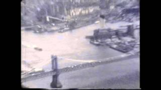 Volando Debajo De Los Puentes De Brooklyn Y Manhattan....flying Under Brooklyn And Manhattan Bridges