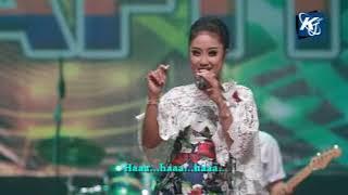 Download Lagu Anisa Rahma - Bulan Dilanting Cemara [OFFICIAL]