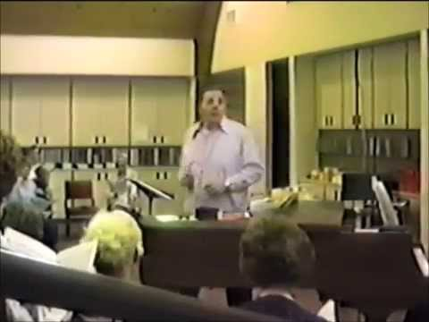 George Lynn rehearsing his edition of O Magnify the Lord with Me, Part One, choral workshop 1987