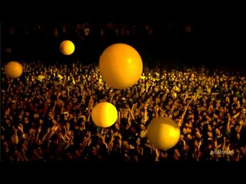 Coldplay Live from Japan (HD) - Yellow Mp3