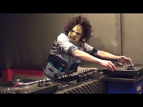 DJ-D.Chainsaw - Early hardcore gabber music live dj vinyl mix set Die feruckte halbe stunde P.3