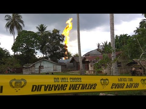 At least 10 dead in Indonesian oil well fire