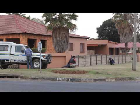 Police negotiate hours with suspect, Middelburg