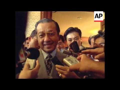 MALAYSIA: PM MAHATIR READY TO TESTIFY IN ANWAR TRIAL