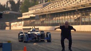Video Stuntman Backflips Over Formula E Car download MP3, 3GP, MP4, WEBM, AVI, FLV November 2017