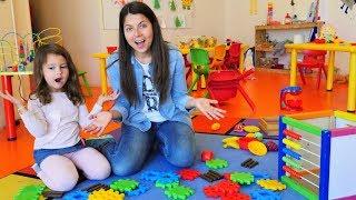 Okul öncesi eğitim. Odayı toplayalım! Eğlenceli video!