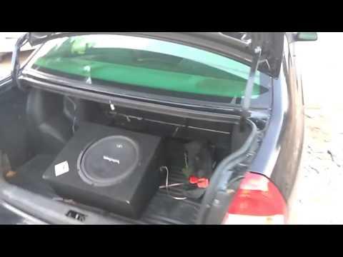 Hyundai Accent Got Bass