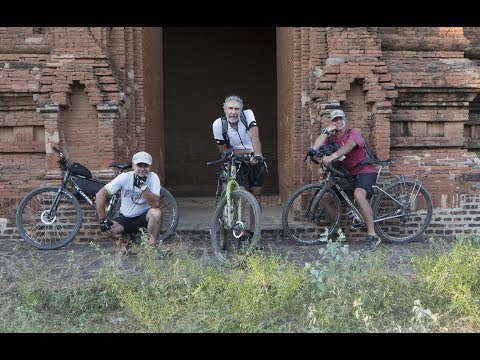Myanmar in bici con tre burloni. Sergio Borroni & friends. Yangoon to  Bagan.